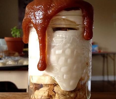 Vanilla Banana Pudding with Salted Caramel & Chocolate ChipCoooookies