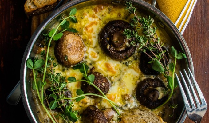 Blue Cheese Thyme Baked Mushrooms