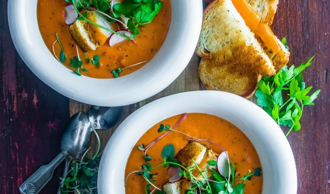 Creamy Tomato Soup with Grilled CheeseCroutons