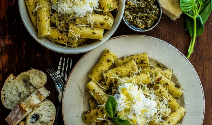 Rigatoni with Ricotta & Kale Basil Pesto