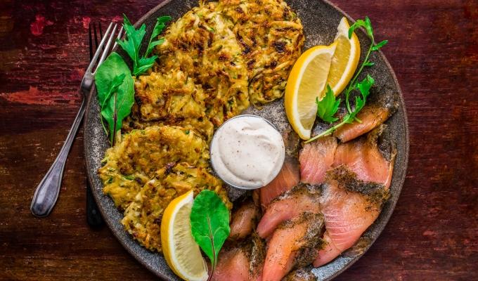 Smoked Salmon with Parmesan Zucchini Hash Browns & ChiliMayo